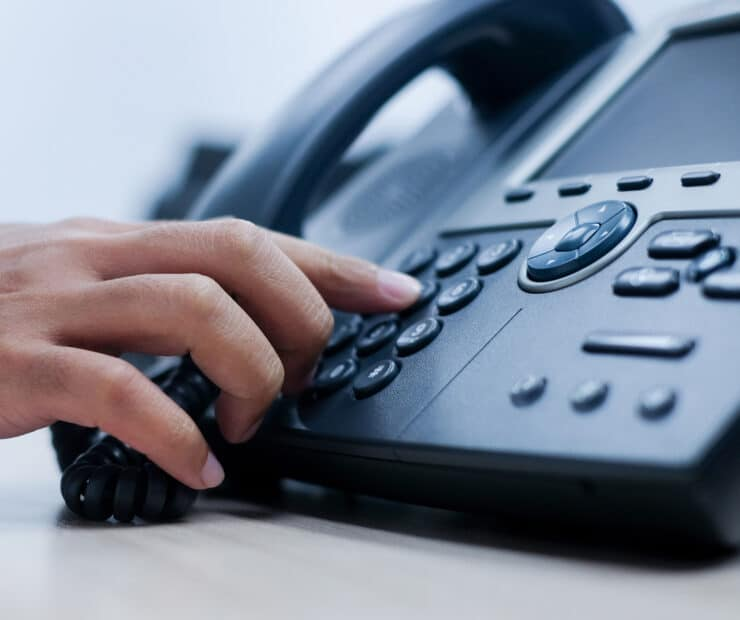 VoIP vs. Landline – Which Telephony Technology Is Better For Your Business?